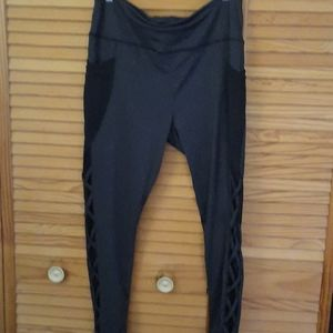 Shosho Activewear Leggings Mesh Pockets Size 2 XL